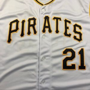 d90f01582 Mitchell   Ness Shirts - 1962 Pittsburgh Pirates Roberto Clemente Jersey